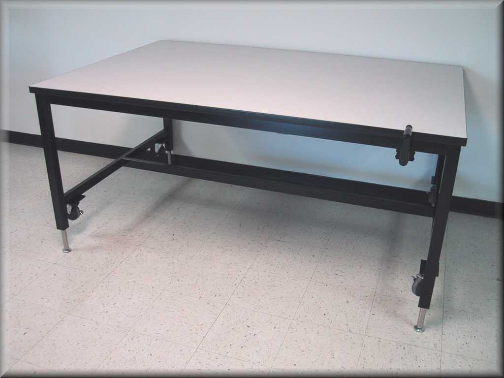 office tables on wheels. Lift Table W/ Hand Crank \u0026 Casters Office Tables On Wheels I