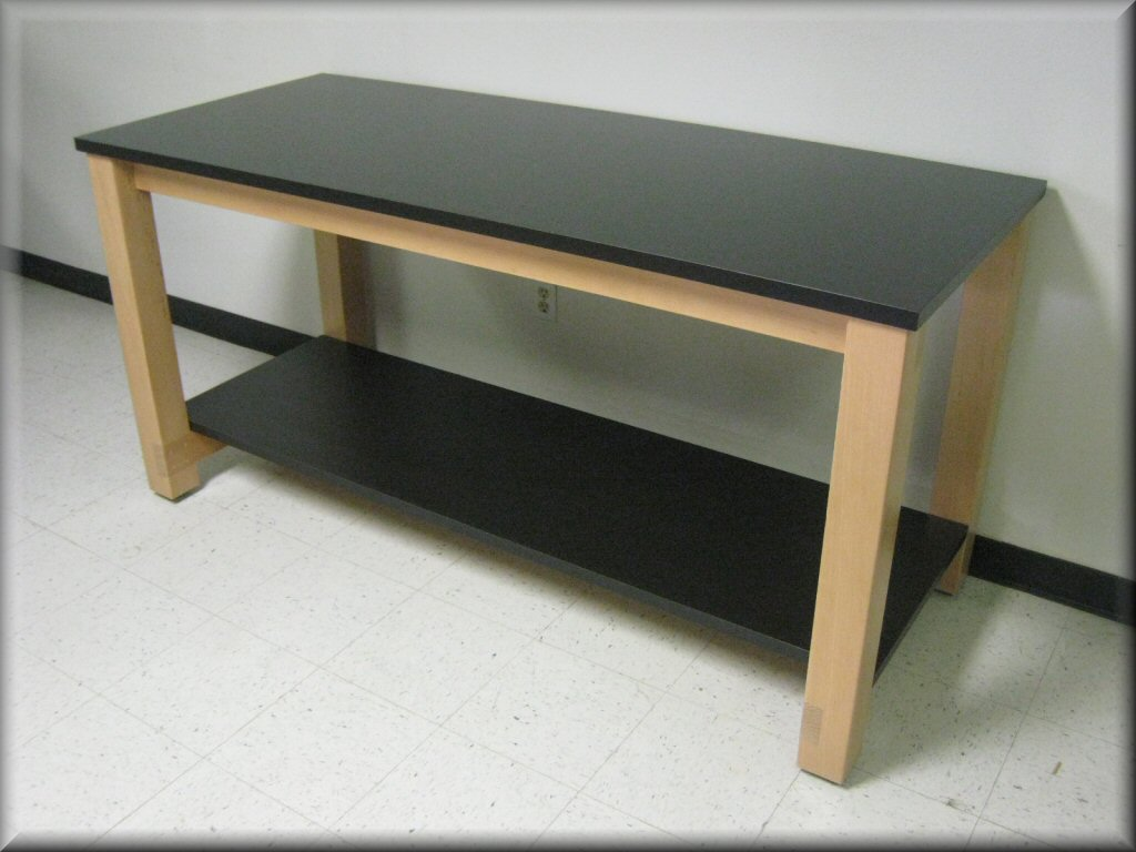 RDM industrial furniture lab table