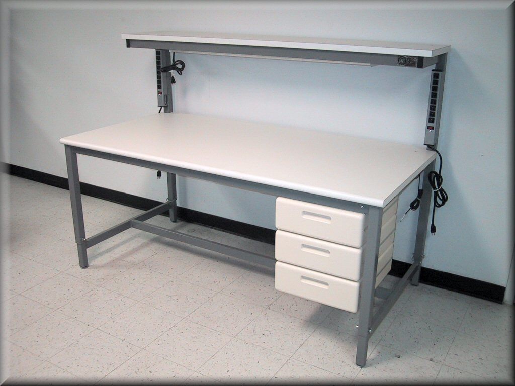 Merveilleux ... RDM Tech Style Table With Upper Shelf