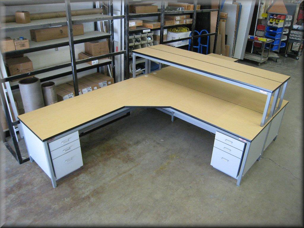 L Shaped Work Bench 28 Images Martin S Rv 8 Blog Main Shop Construction L Shaped Work Bench