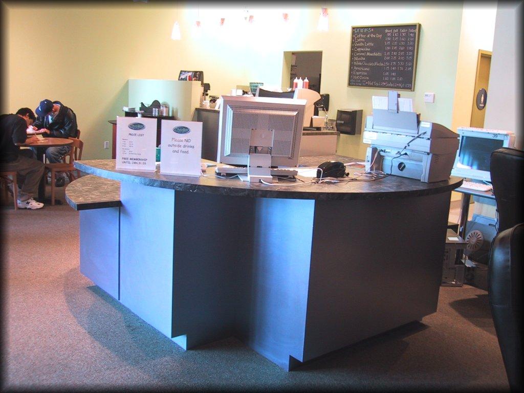 Custom Retail Reception Desk
