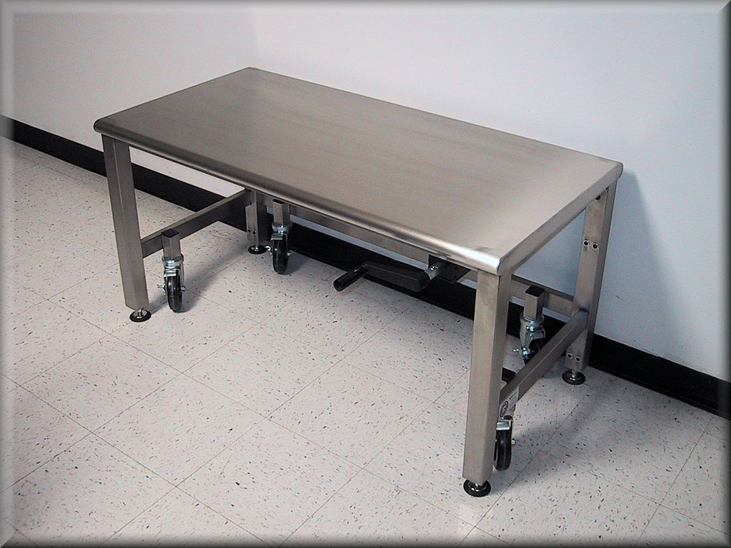 A 107P SS CASTERS Adjustable Height Stainless Steel Cart   Mobile Table  (Stationary When Lowered) ...