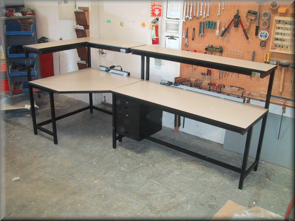 Rdm Corner Table With Recessed Legs F 103p Cnr L Shaped Tech Style Workbench