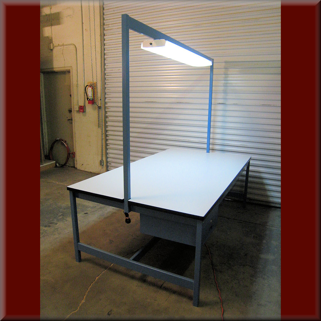 Table Model <span style='color: #800000;'><strong>A-109PDL</strong></span> – RDM Flat-Top Table with Centered Light Boom