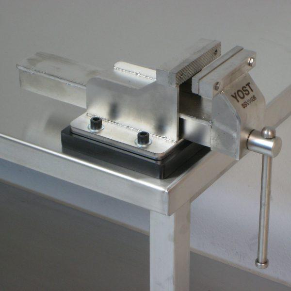 RDM-ACCY-VISE-SS-4FIX-01
