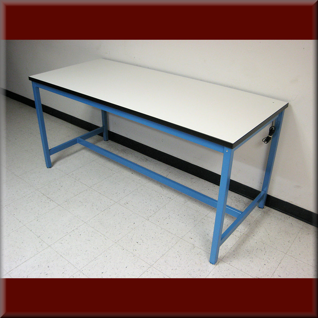 Table Model A-109P-ESD – RDM ESD Flat Top Workbench