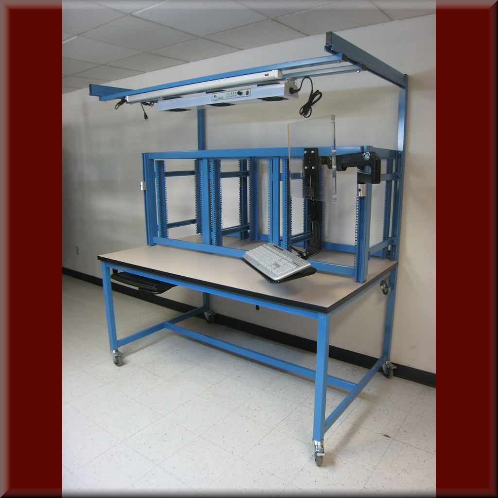 Table Model ER-108P – Equipment Rack Workstation