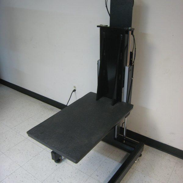 Low-Start Lift Platform - Model LP-105P